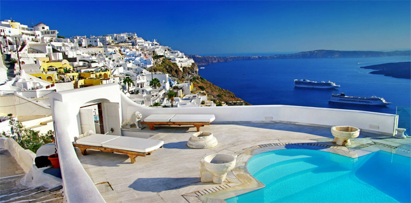Top places to visit when in greece for Best places to visit over christmas in the us